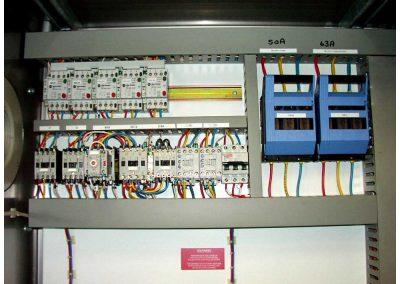 panel-18